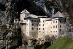 Le chateau de Predjama en Slovenie 2