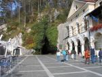Le chateau de Predjama en Slovenie 21