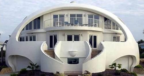 Images insolites maison a l architecture etrange et for Maisons d architecture et de design