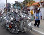voiture-insolite-chien-atomique-7